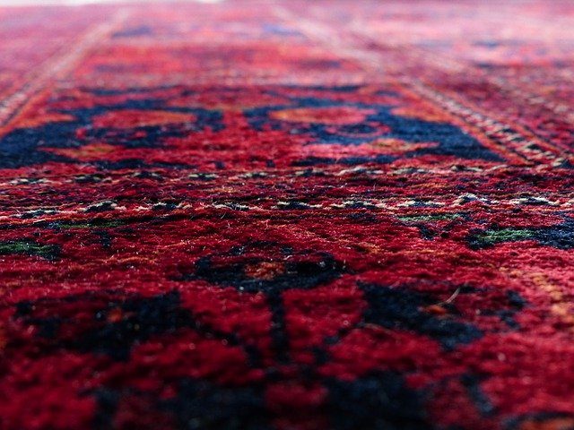 Dry Carpet Cleaning Vs. Steam Carpet Cleaning